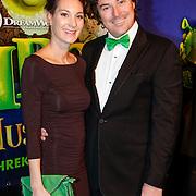 NLD/Amsterdam/20121104 - Premiere Shrek de musical, Casper Burgi en partner Barbara