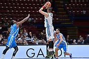 DESCRIZIONE : Beko Final Eight Coppa Italia 2016 Serie A Final8 Quarti di Finale Vanoli Cremona - Dinamo Banco di Sardegna Sassari<br /> GIOCATORE : Nikola Dragovic<br /> CATEGORIA : Tiro Tre Punti Three Point Controcampo<br /> SQUADRA : Vanoli Cremona<br /> EVENTO : Beko Final Eight Coppa Italia 2016<br /> GARA : Quarti di Finale Vanoli Cremona - Dinamo Banco di Sardegna Sassari<br /> DATA : 19/02/2016<br /> SPORT : Pallacanestro <br /> AUTORE : Agenzia Ciamillo-Castoria/L.Canu