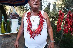 Vieste, Mario venditore di peperoncini e prodotti tipici