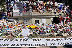 Nice: White Rally In Tribute To The Victims Of The July 14 Attack