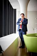 Thomas Fuchs, SVP, an seinem Arbeitsort, Credit Suisse Guemligen. © Adrian Moser