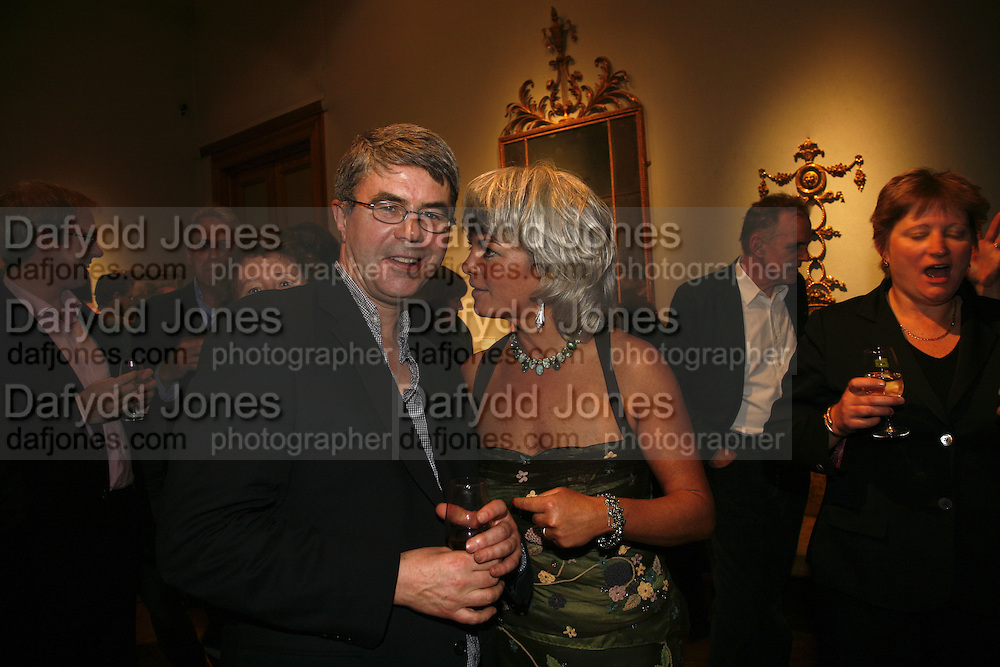 Dan Franklin and Sara Wheeler, Party to celebrate the publication of Too Close To The Sun: The Life and Times of Denys Finch Hatton by Sara Wheeler, Christies. King St. St. James. London. 9 March 2006. ONE TIME USE ONLY - DO NOT ARCHIVE  © Copyright Photograph by Dafydd Jones 66 Stockwell Park Rd. London SW9 0DA Tel 020 7733 0108 www.dafjones.com