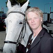 Winterpresentatie 1999 RTL 5, Martin Mulder met paard Blinker