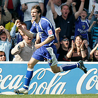 Photo: Mike Greenslade..Cardiff City v Sheffield Wednesday..Coca Cola Championship League..07.04.07..Ninian Park..KO 3pm...Cardiff scorer and equaliser Roger Johnston celebrates his goal