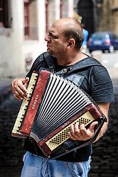 Street musician in Colmar, Alsace, France<br /> <br /> (c) Andrew Wilson   Edinburgh Elite media