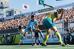 (L-R) Dilpreet Singh of India, Blake Govers of Australia during the Champions Trophy finale between the Australia and India on the fields of BH&BC Breda on Juli 1, 2018 in Breda, the Netherlands.