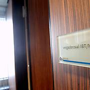 NLD/Den Haag/20061130 - Persrondleiding Nationaal Crisiscentrum Den Haag