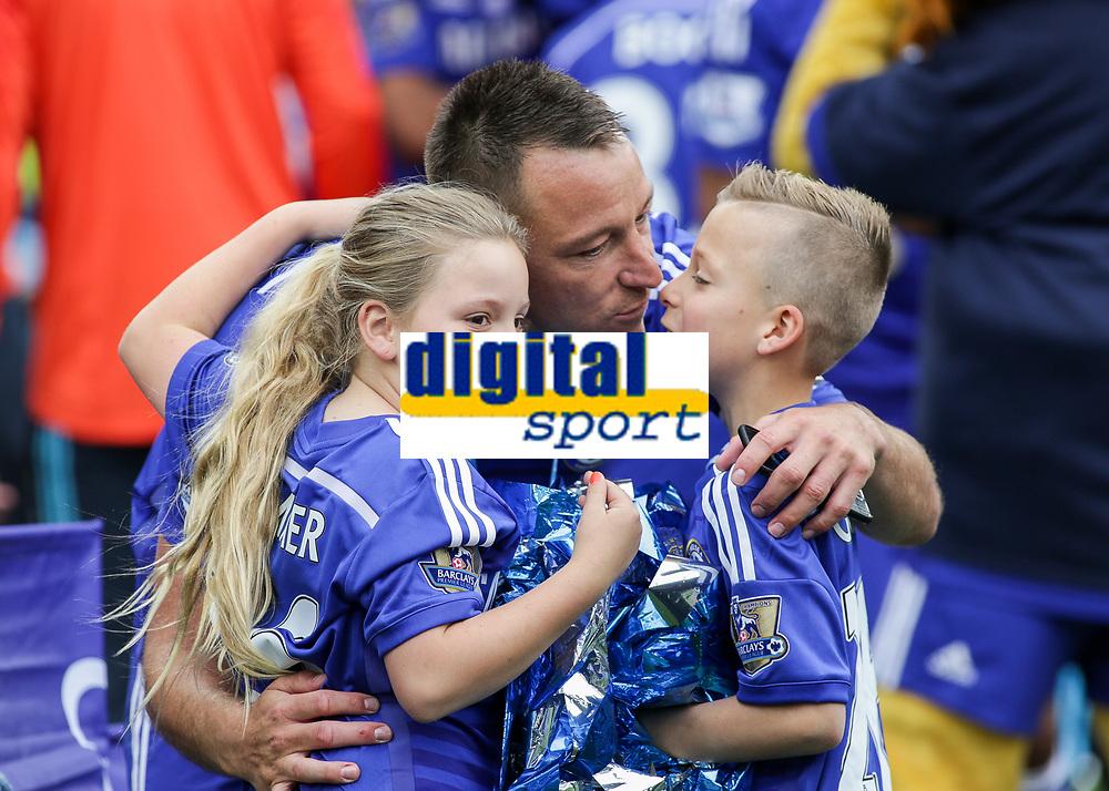 Football - 2014 / 2015 Premier League - Chelsea vs. Sunderland.   <br /> <br /> Chelsea's John Terry with his 2 children at Stamford Bridge. <br /> <br /> COLORSPORT/DANIEL BEARHAM