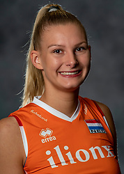 14-05-2019 NED: Photoshoot national volleyball team Women, Arnhem<br /> Indy Baijens of Netherlands