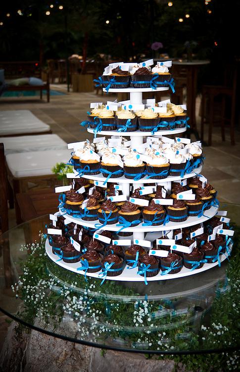 Bolo de Cupcakes Casamento Carol e Rodrigo