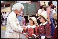 Dale Janssen, Twain look- alike, talks to boys in Tom & Becky Contest;Tom Sawyer Days/Hannibal Missouri