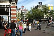 Het Leidseplein, het centrum van het uitgaansleven in Amsterdam . / The Leidseplein, the centre of the Nightlive and restaurants in Amstrdam.