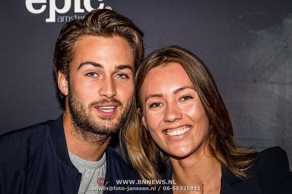 NLD/Amsterdam//20170518 - Première Mr. Probz - Against the Stream, Dave Roelvink met partner Julia Mekkes