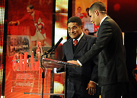 20120227: LISBON, PORTUGAL - SL Benfica 108th anniversary gala at Coliseu dos Recreios in Lisbon, Portugal.<br /> In photo: Eusebio and Ricardo Araujo Pereira.<br /> PHOTO: Alvaro Isidoro/CITYFILES