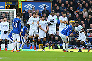 Wayne Rooney of Everton (10) sees his free kick hit the wall. Premier league match, Everton v Crystal Palace at Goodison Park in Liverpool, Merseyside on Saturday 10th February 2018. pic by Chris Stading, Andrew Orchard sports photography.