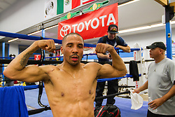 Rancho Cucamonga, California/USA (Tuesday, Nov 12 2013) - Super middleweight champion Andre Ward (26-0, 14 KOs) shows off his incredible  physique to the media after finishing his open workout during the Ward vs Rodriguez Media Workout at the Warzone Boxing Club in Rancho Cucamonga, CA USA. Andre have not fought in over a year due to right shoulder surgery. He is facing Edwin Rodriguez (24-0, 16 KOs) at the Citizens Business Bank Arena in Ontario, California. The Ward-Rodriguez bout will be televised live on HBO at 9:30PM PST. PHOTO © SILVEXPHOTO.COM.