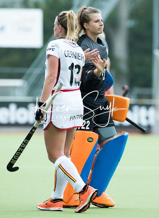 SCHIEDAM - keeper Josine Koning (Ned)  met Alix GERNIERS (Bel)  na de oefenwedstrijd tussen  de dames van Nederland en Belgie , in aanloop naar het  EK Hockey, eind augustus in Amstelveen. COPYRIGHT KOEN SUYK