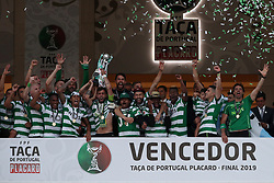May 25, 2019 - Oeiras, Portugal - OEIRAS, PORTUGAL - MAY 25: Sporting's midfielder Bruno Fernandes from Portugal raises the trophy and celebrates with teammates after winning the Portugal Cup Final football match Sporting CP vs FC Porto at Jamor stadium, on May 25, 2019, in Oeiras, outskirts of Lisbon, Portugal. (Credit Image: © Pedro Fiuza/NurPhoto via ZUMA Press)