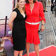 NLD/Amsterdam/20080716 - Premiere Wall-E, Petra Bakker Schut en ...