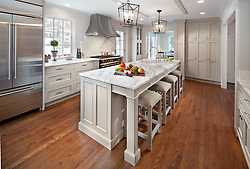 Kitchen with island VA2_013_553