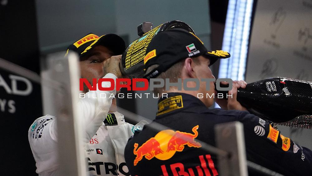 01.12.2019, Yas Marina Circuit, Abu Dhabi, FORMULA 1 ETIHAD AIRWAYS ABU DHABI GRAND PRIX 2019<br />, im Bild<br />Podium:<br />Sieger Lewis Hamilton (GB#44), Mercedes-AMG Petronas Motorsport, 2.Platz für Max Verstappen (NEL#33), Aston Martin Red Bull Racing<br /> <br /> Foto © nordphoto / Bratic