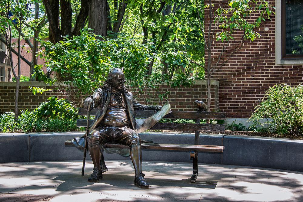 Ben Franklin statue on the University of Pennsylvania campus, Philadelphia, Pennsylvania, USA