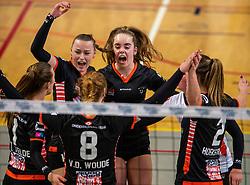 02-02-2019 NED: Regio Zwolle Volleybal - Sliedrecht Sport, Zwolle<br /> Round 16 of Eredivisie volleyball - Sliedrecht win the match 3-2 / Kelly van de Haar #11 of Zwolle, Nova Marring #6 of Zwolle