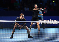 Tennis - 2018 Nitto ATP Finals at The O2 - Day Five<br /> <br /> Group Doubles Group Llodra/Santoro: Jamie Murray (GB) & Bruno Soares (Bra) vs. Henri Kontinen (Fin) & John Peers (Aus)<br /> <br /> Murray serves.<br /> <br /> COLORSPORT/ASHLEY WESTERN