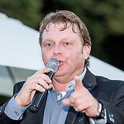 NLD/Bergen/20170702 - Verjaardagsfeest Bergen, Michel Bak  - André Hazes imitator