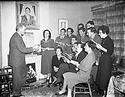 17/11/1954<br /> 11/17/1954<br /> 17 November 1954<br /> <br /> Special for Sunday Express - Dramatic Society, Carlow