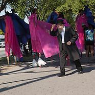 NY409A Caribbean parade adults