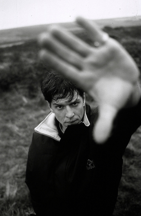 Skater Ali Cairns, Cornwall, 2001