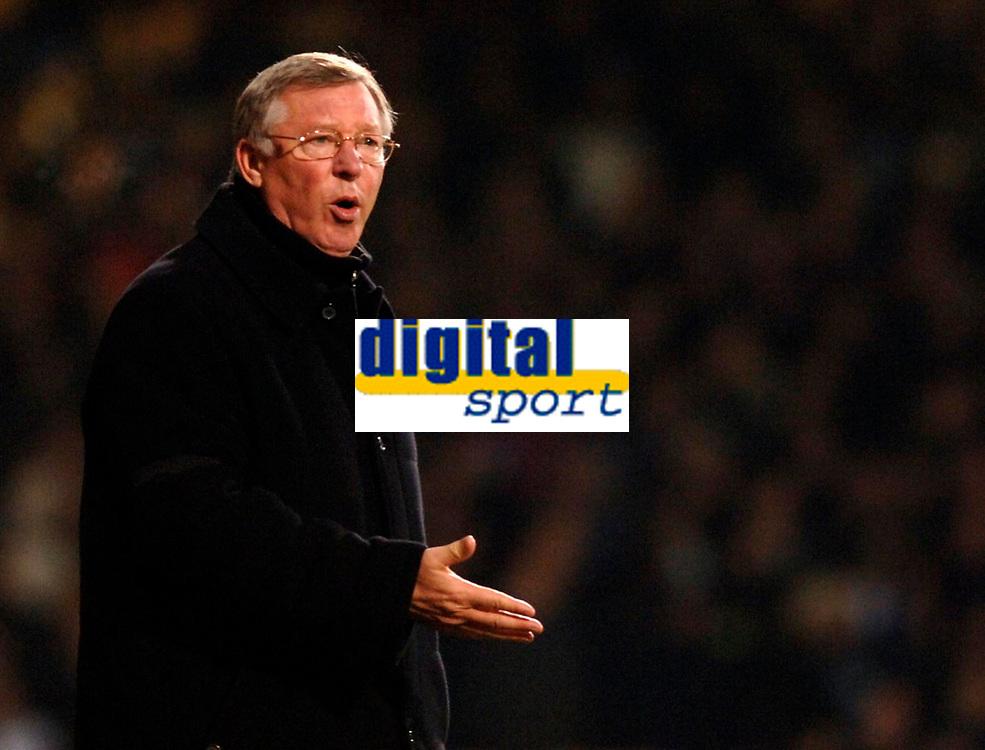 Photo: Daniel Hambury.<br />West Ham United v Manchester United. The Barclays Premiership. 27/11/2005.<br />Manchester United's manager Sir Alex Ferguson.