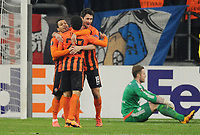 Fotball<br /> Tyskland<br /> 25.02.2015<br /> Foto: Witters/Digitalsport<br /> NORWAY ONLY<br /> <br /> 0:3 Jubel v.l. Eduardo, Taison, Facundo Ferreyra (Donezk), Torwart Ralf Faehrmann<br /> <br /> Gelsenkirchen, 25.02.2016, Fussball Europa League, Zwischenrunde Rueckspiel, FC Schalke 04 - Schachtar Donezk<br /> Shaktar Donetsk