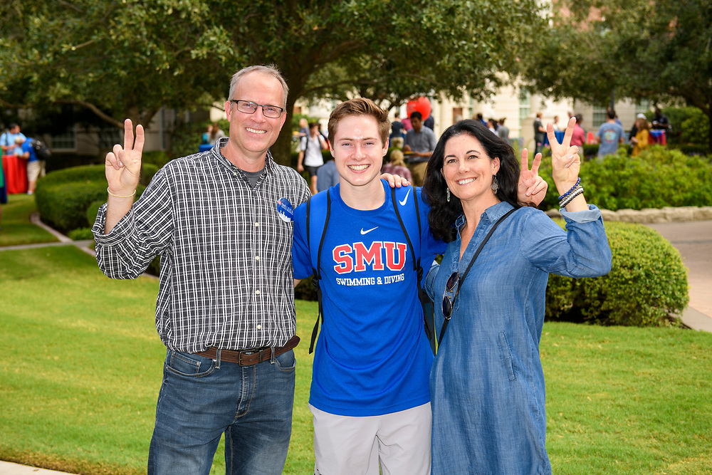 Bobby B. Lyle School of Engineering students, faculty and family members participate in the Lyle Family Weekend Lunch, Friday, October 4, 2019 in the Lyle Quadrangle on the SMU Campus.