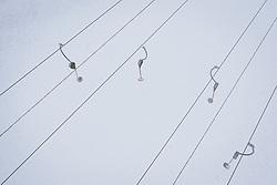 THEMENBILD - Schleppliftanlage der Gletscherbahnen Kaprun AG. Skigebiete dürfen ab 24. Dezember wieder öffnen, aufgenommen am 02. Dezember 2020 in Kaprun, Österreich // T-bar lift of the Gletscherbahnen Kaprun AG in Kaprun. Ski resorts may reopen from 24 December, Austria on 2020/12/02. EXPA Pictures © 2020, PhotoCredit: EXPA/ JFK