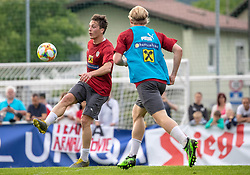 02.06.2018, Woerthersee Stadion, Klagenfurt, AUT, ÖFB Nationalteam, Training, während einem öffentlichen Training des ÖFB Nationalteams am Sonntag, 2. Juni 2019 im Wörtherseestadion in Klagenfurt, im Bild Julian Baumgartlinger (AUT), Xaver Schlager (AUT) // Julian Baumgartlinger of Austria Xaver Schlager of Austria during a Trainingssession of Austrian National Footballteam at the Woerthersee Stadion in Klagenfurt, Austria on 2018/06/02. EXPA Pictures © 2019, PhotoCredit: EXPA/ Johann Groder