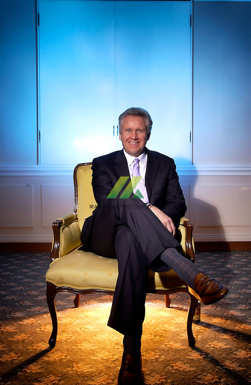Mr. Immelt has held several global leadership positions since coming to GE in 1982, including roles in GE's Plastics, Appliances, and Healthcare businesses. In 1989 he became an officer of GE and joined the GE Capital Board in 1997. A couple years later, in 2000, Mr. Immelt was appointed president and chief executive officer.