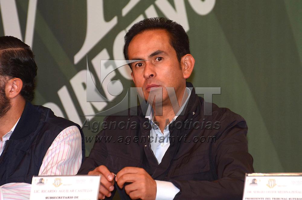 Ixtapan de la Sal, Méx.- Ricardo AguIilar Castillo, Subsecretario de Alimentación y Competititvidad de la SAGARPA, durante  la inaguración de los trabajos del XVII Consejo Nacional de SNTSGARPA. Agencia MVT / José Hernández