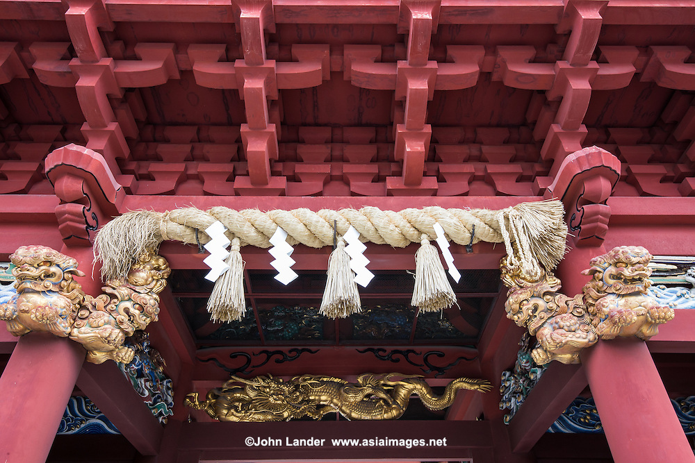 Shizuoka Sengen Jinja is made up of Kambe, Sengen, and Ohtoshimioya shrines as a collective. Tokugawa Ieyasu sponsored the shrines reconstruction after his retirement to Shizuoka Sumpu Castle and his successors continued to worship at the shrines throughout the Edo period.  The shrine has 26 buildings that have been designated as important cultural properties of Japan.
