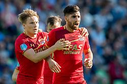 (L-R) Jonas Svensson of AZ, Alireza Jahanbakhsh of AZ 0-1 during the Dutch Eredivisie match between FC Groningen and AZ Alkmaar at Noordlease stadium on October 15, 2017 in Groningen, The Netherlands