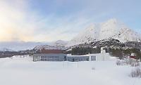 Kongsvik kulturhus ligger langs E10 Kong Olavs veg i Tjeldsund kommune på Hinnøya i Nordland.