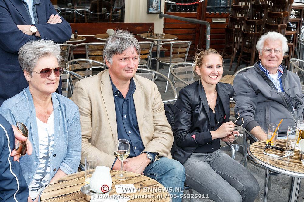 NLD/Amsterdam/20150526 - Boekpresentatie Huisje, Boompje, Buikje van Bastiaan Ragas, oa Peggy Vrijens