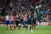 Atletico de Madrid´s players and  Chelsea´s goalkeeper Mark Schwarzer during Champions League semifinal first leg soccer match between Atletico de Madrid and Chelsea, at the Vicente Calderon stadium, in Madrid, Spain, April 22, 2014. (ALTERPHOTOS/Victor Blanco)