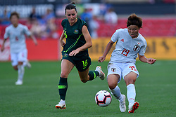 August 2, 2018 - Bridgeview, IL, U.S. - BRIDGEVIEW, IL - AUGUST 02: Japan midfielder Rika Masuya (19) passes the ball against Australia forward Hayley Raso (16) during the 2018 Tournament Of Nations between Australia and Japan at Toyota Park on August 2, 2018 in Bridgeview, Illinois (Photo by Quinn Harris/Icon Sportswire) (Credit Image: © Quinn Harris/Icon SMI via ZUMA Press)