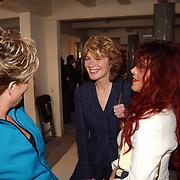 Modeshow Sheila de Vries, Mieke van der Weij in gesprek met Vivianne Boele
