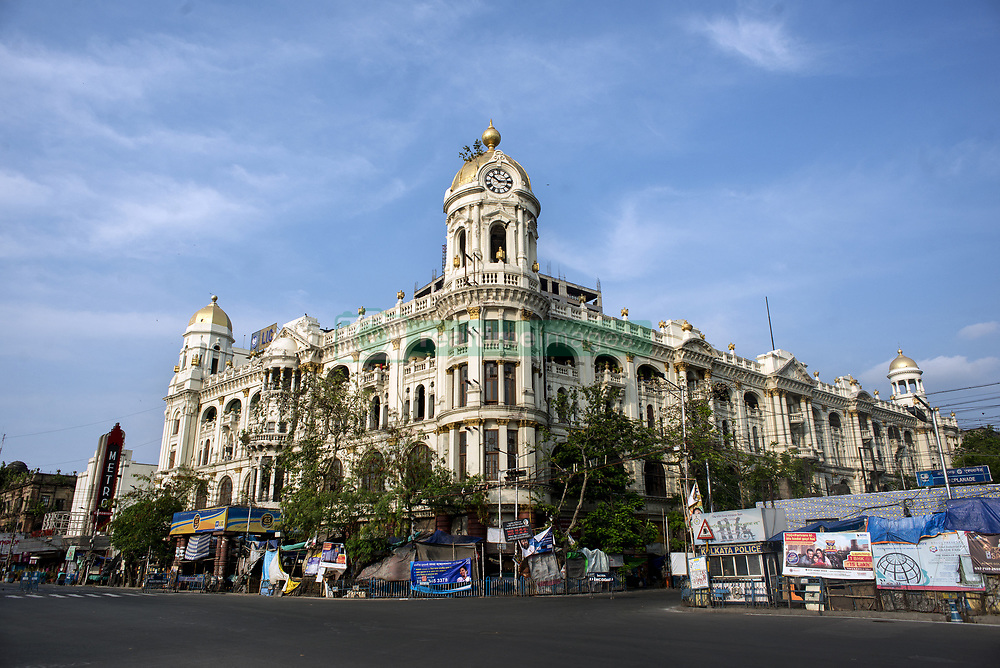 this locality is the centre of Kolkata and probably the most important place in the city. India is going through the 2nd phase of lockdown due to covid 19 pandemic. This is to curb the spread of Covid 19 in the country. The second phase is handled with more strict rules by the administration. Kolkata, West Bengal, India, April 19, 2020. Photo by Arindam Mukherjee/ABACAPRESS.COM