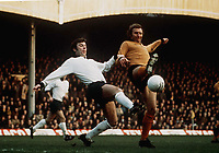 Kevin Hector (Derby) Mike Bailey (Wolves). Derby County v Wolverhampton Wanderers, 18/1/1975. Credit: Colorsport