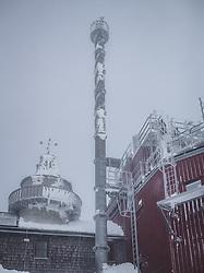 THEMENBILD - historischer Messturm und Windturm mit Observatorium am Sonnblick Observatorium, aufgenommen am 20. November 2018, Rauris, Österreich // historical measuring tower and wind tower with observatory at the Observatory Sonnblick on 2018/11/20, Rauris, Austria. EXPA Pictures © 2018, PhotoCredit: EXPA/ JFK