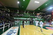 DESCRIZIONE : Avellino Lega A 2013-14 Sidigas Avellino-Pasta Reggia Caserta<br /> GIOCATORE :<br /> CATEGORIA : palazzetto pubblico tifosi<br /> SQUADRA : Sidigas Avellino <br /> EVENTO : Campionato Lega A 2013-2014<br /> GARA : Sidigas Avellino-Pasta Reggia Caserta<br /> DATA : 16/11/2013<br /> SPORT : Pallacanestro <br /> AUTORE : Agenzia Ciamillo-Castoria/GiulioCiamillo<br /> Galleria : Lega Basket A 2013-2014  <br /> Fotonotizia : Avellino Lega A 2013-14 Sidigas Avellino-Pasta Reggia Caserta<br /> Predefinita :